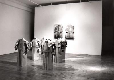 """Mariela Borello ABSENCE © Mariela Borello, exposition """"Absence"""", Galerie B-312, 1994."""